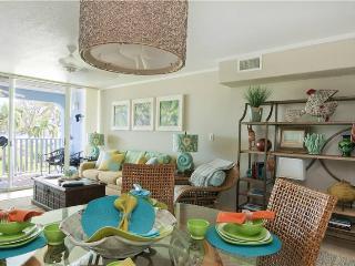 SILVER SANDS-UNIT #15 - Seven Mile Beach vacation rentals