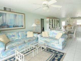 SILVER SANDS CONDOS-UNIT#28 - Seven Mile Beach vacation rentals