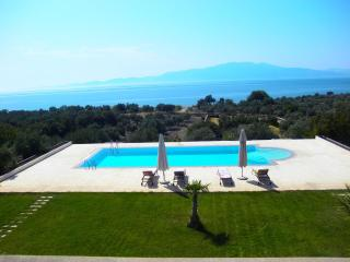 Escape to our Aegean Retreat, Enjoy Sea and Pool - Istanbul vacation rentals