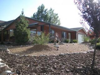 Beautiful Big Bear City vacation House with Deck - Big Bear City vacation rentals