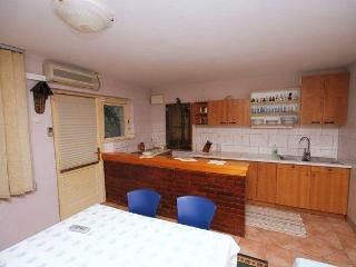 Nice 1 bedroom Apartment in Blato - Blato vacation rentals