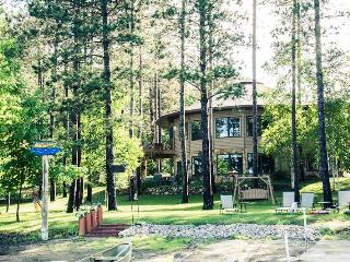 WATERS EDGE LAKE RENTAL GROUPS 6-14 - Squaw Lake vacation rentals