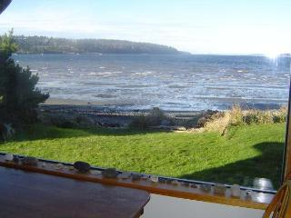 Waterfront Beachhouse with Great View! - Freeland vacation rentals