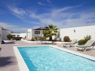 Villa Uga Serena - Uga vacation rentals