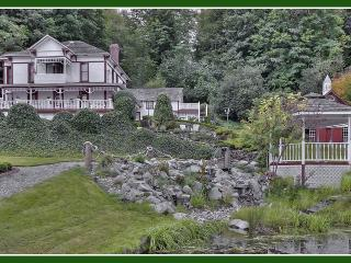 THE OLDE GLENCOVE HOTEL** A VACATION RENTAL PLACE - Gig Harbor vacation rentals
