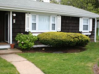 Sunny Condo with Internet Access and A/C - Vineyard Haven vacation rentals