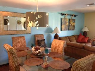 Cocoa Beach Club Ocean view cozy beach condo - Cocoa Beach vacation rentals