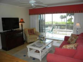 White Sands 15 Relax in the Sun with a Private Pool Side Cabana - Image 1 - Sanibel Island - rentals