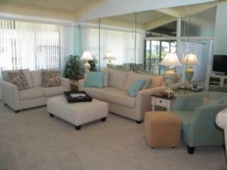 Loggerhead Cay #563 Bright, Sunny & Close to the Beach! - Image 1 - Sanibel Island - rentals