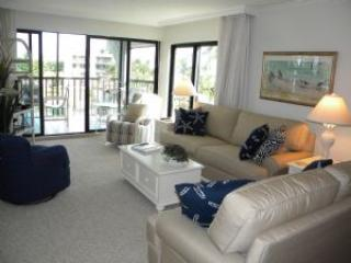 Pointe Santo #B37 Family Memories Begin Here - Image 1 - Sanibel Island - rentals