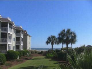Cozy 2 bedroom Villa in Isle of Palms with Internet Access - Isle of Palms vacation rentals