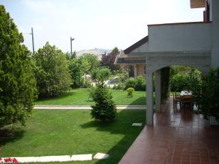 Sunny 2 bedroom Condo in Tortoreto Lido - Tortoreto Lido vacation rentals