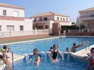 Swimming Pool - Large family villa close to the beach. Free Wifi - Torrevieja - rentals