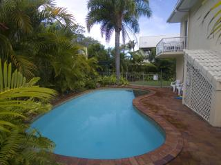 Comfortable Condo with Internet Access and Garden - Hervey Bay vacation rentals