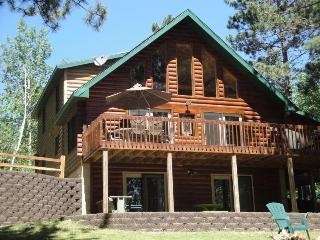 Wonderful House with Deck and A/C - Hazelhurst vacation rentals