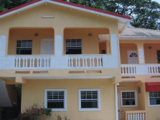 HILLTOP VIEW APARTMENT - Castries vacation rentals