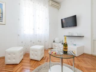 Resort*s Place - Split vacation rentals