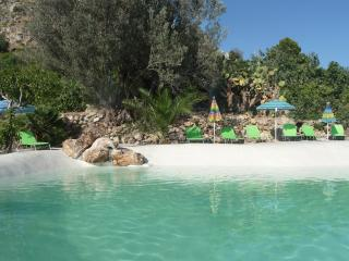 Elegant holidaysuite Zibibbo with pool and garden - Bagheria vacation rentals