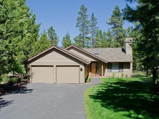 10 Camas Vacation Rental - Central Oregon vacation rentals
