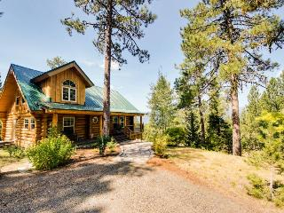 Gorgeous cabin w/ exceptional lake views & entertainment! - Cascade vacation rentals