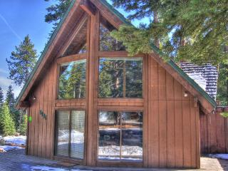 Gorgeous hilltop home with space for 12, close to everything - Tahoe Vista vacation rentals