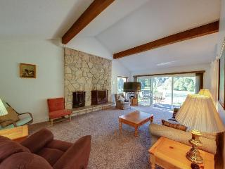 Comfy home w/ scenic mountain views, nearby golf and activities! - Welches vacation rentals