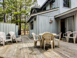Stunning forest views and aquatic park access! - Sunriver vacation rentals