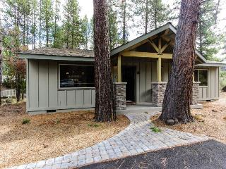 6 Juniper Newly Remodeled Vacation Rental - Sunriver vacation rentals