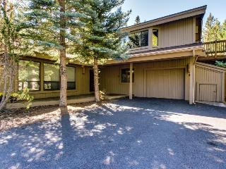 Dog-friendly mountain cabin w/ private hot tub & shared pools at SHARC - Sunriver vacation rentals