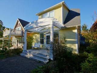 Starry Starry Night - Depoe Bay vacation rentals
