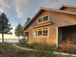 Bayfront, dog-friendly beach home with amazing views, sauna, & Jacuzzi - Netarts vacation rentals