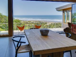 Unique and luxurious oceanview home with huge deck, amazing views - Neskowin vacation rentals