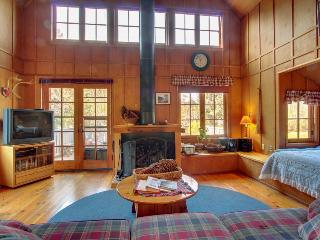 Crow's Nest - Yachats vacation rentals