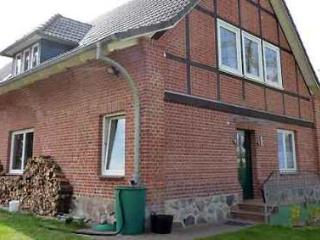 LLAG Luxury Vacation Apartment in Hof Kreien - 409 sqft, natural materials, barrier-free, relaxing (#… - Plau vacation rentals