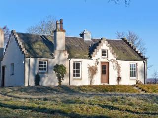 THE OLD LAUNDRY, character cottage on Highland estate, woodburner, grounds - Grantown-on-Spey vacation rentals