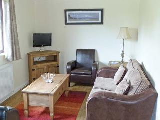 BLUEBELL LODGE, all ground floor, in grounds of hotel in Saltburn Ref 24296 - Saltburn-by-the-Sea vacation rentals