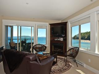 Spectacular Five Star Oceanfront Penthouse - Nanaimo vacation rentals