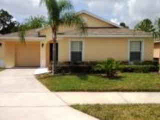 Front of home - Great rates Beautiful 5/3 villa + FREE pool heat - Davenport - rentals