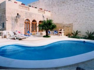 Dar ta' Tumas - Gharb vacation rentals