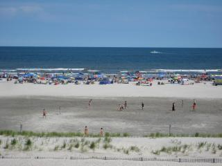 Bright Condo with Deck and Internet Access - Wildwood Crest vacation rentals