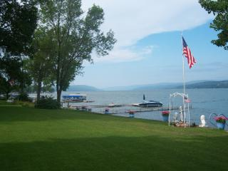 CANANDAIGUA LAKE, Canandaigua NY  Cottage Rental - Finger Lakes vacation rentals