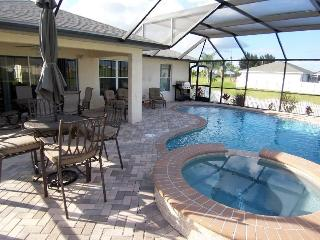 Villa Seastar - 3/br 2/ba nicely furnished, electric heated, salt Pool and Spa Home, off water, HW Internet, in a quiet location - Cape Coral vacation rentals