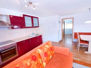 Apartment 2 Haus Barber self-catering holiday apartments - Bramberg am Wildkogel vacation rentals