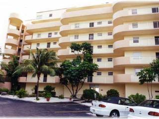 Beautiful 2 bedroom Islamorada Apartment with Stove - Islamorada vacation rentals