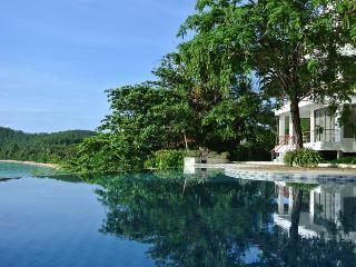 Bann Sanehchandra : 4 bed rooms ocean front villa - Ko Sire vacation rentals