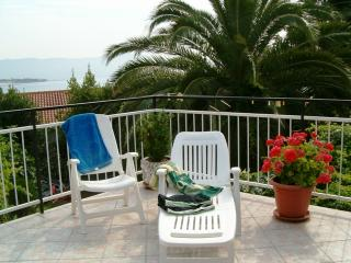 Little private apartment near the sea / TROGIR - Trogir vacation rentals