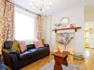 The 'Grace Gifford' cottage, near Kilmainham Gaol. - Dublin vacation rentals