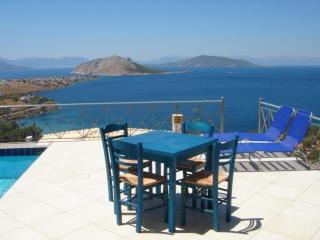 Perfect 3 bedroom Aegina House with Internet Access - Aegina vacation rentals