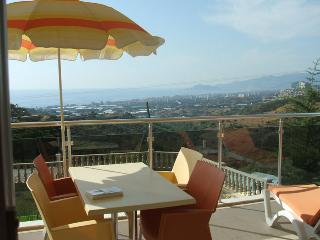 Cozy Condo with A/C and Satellite Or Cable TV - Alanya vacation rentals