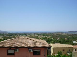 Beautiful 2 bedroom Sant'Anna Arresi Apartment with A/C - Sant'Anna Arresi vacation rentals